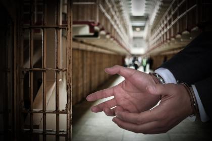 缓刑考验期期满怎么办